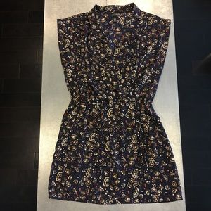 NWT Abstract Floral Tunic / Fitted at Waist / L